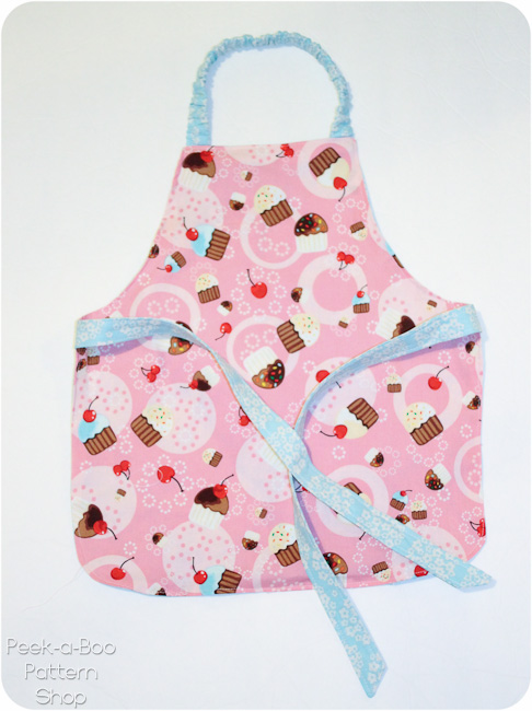 FREE Toddler Apron Pattern & Toddler Oven Mitt Pattern