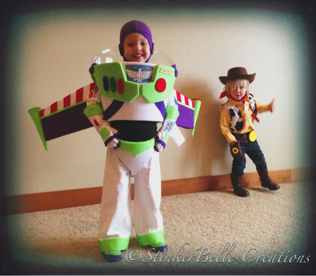 70 woody and buzz