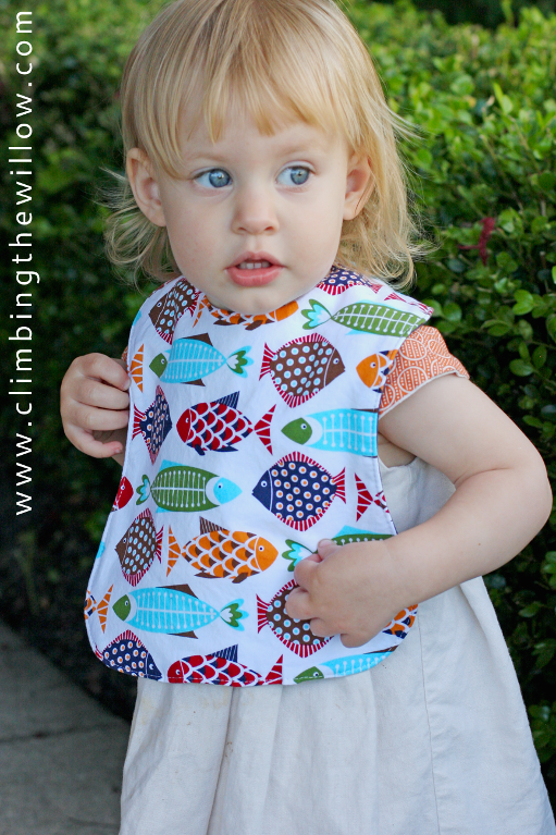 full_379_96123_BabyToddlerBib_2